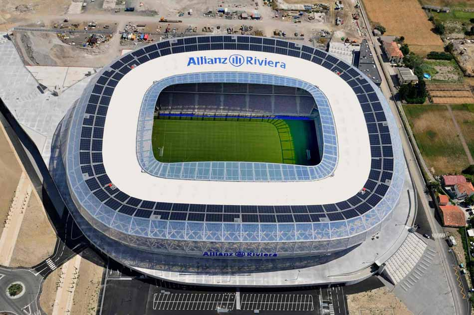 Vista aerea da cobertura ETFE do estadio Allianz Riviera