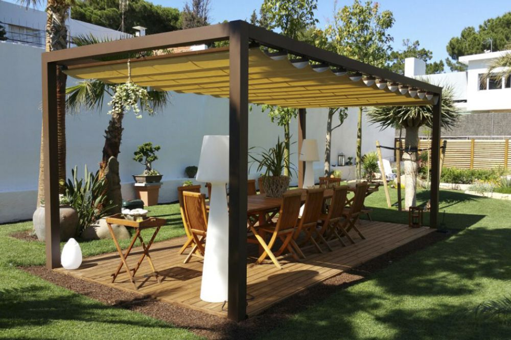 Giralda awning in a private home