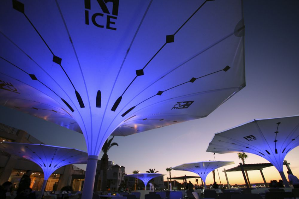Bottom of the Estoril parasol in blue light
