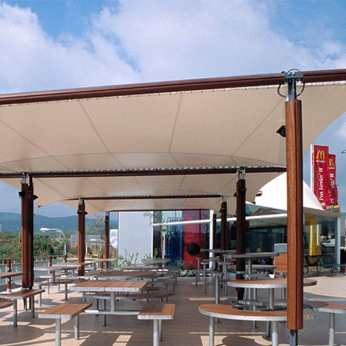 Structure Lleida for restaurant terrace