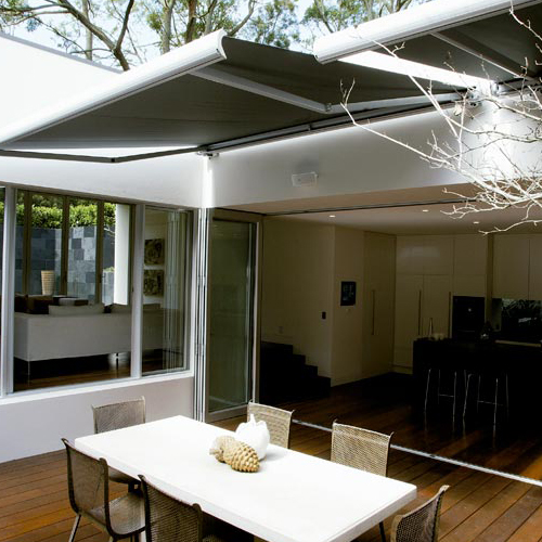 Awning ma5010 on private terrace