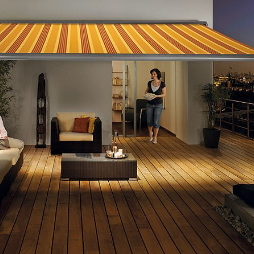 Awning ma1710 in private garden with furniture