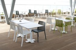 Monobloc seat, stackable and with various colors