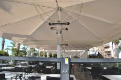 Umbrella azores plus with Heaters