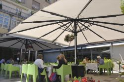 Parasol azores installed on the terrace of a restaurantParasol azores installed on the terrace of a
