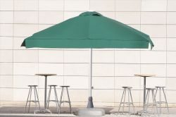 Parasol dagon with cement base