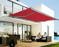 Awning ma5010 red with platform in garden with furniture