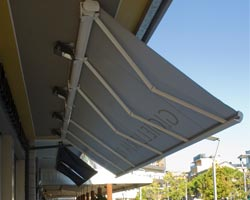 Awning eurosol supercofre seen from below