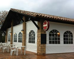 Roller awning Telon  with pergola in bar