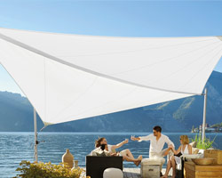 Sailing I A with outdoor furniture in front of a lake