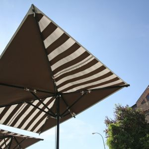 Bottom view of the Ibiza D parasol