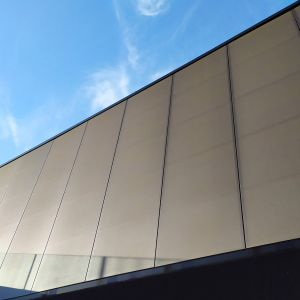 Exterior wall with i-tensing panels.